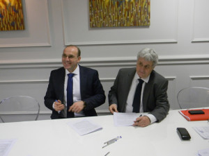Ceremonial meeting of Mr Patrick Letheux (from right) – the General Director of BatiPlus and Mr Fadi Richane managing BatiPlus Polska in Poland.